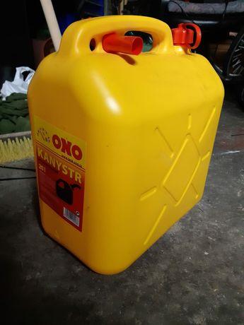 Karnister do paliwa z lejkiem plastikowy