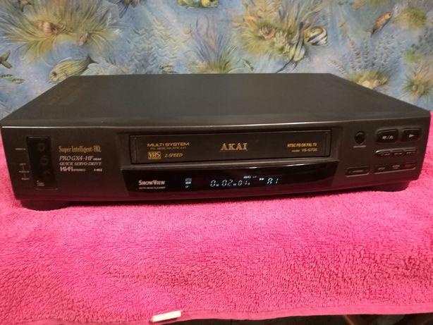 Magnetowid VHS stereo Akai VS- G735 stan bardzo dobry