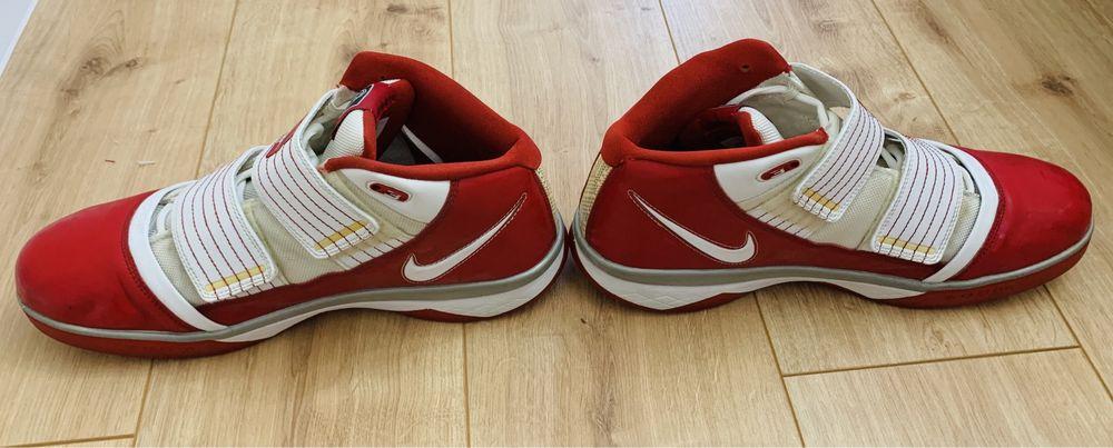 Баскетбольные кроссовки Nike LeBron ZOOM Soldier 3 (USA15/ EUR49,5) Кривой Рог - изображение 1