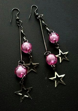 Srebrne kolczyki gwiazdki różowe