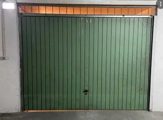 Garagem com 25 m2 - Centro de Saúde de Oleiros