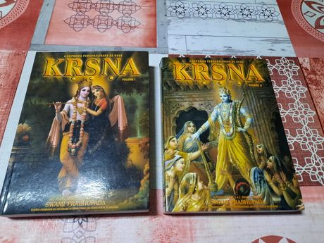Vendo 2 livros Krishna VOL 1 e 2