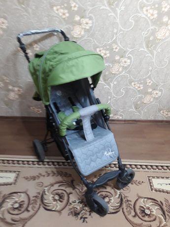 Прогулочная коляска детская