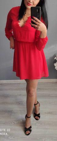 Sukienka zwiewna czerwona