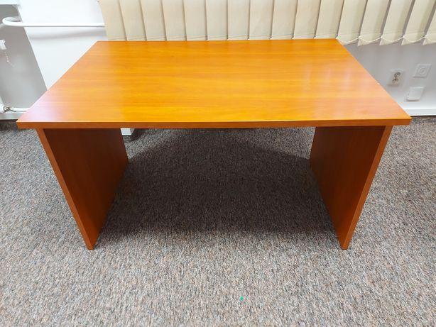 biurka 5 sztuk (75 zł za sztukę)