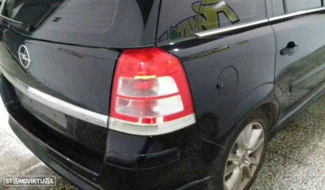 Farolim Tras Direito Opel Zafira / Zafira Family B (A05)