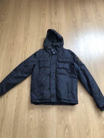 Курточка на подростка Рост 158см.Теплая зима.