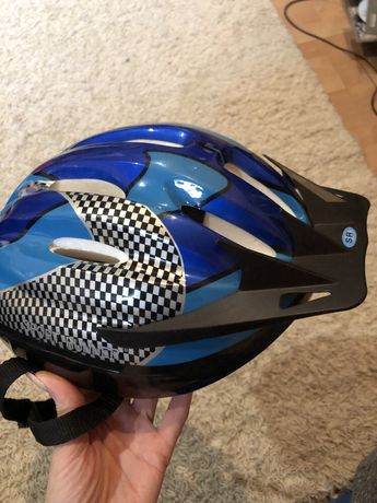 Защитный шлем.