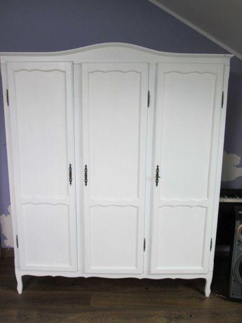 biała dębowa szafa trzydrzwiowa w stylu ludwikowskim Shabby Chic