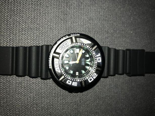 Citizen Eco Drive Promaster - męski zegarek z datownikiem