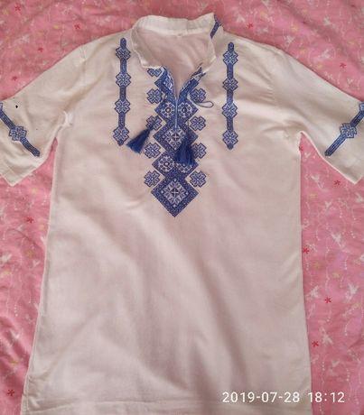 Вишиванка, вишита футболка, вышиванка
