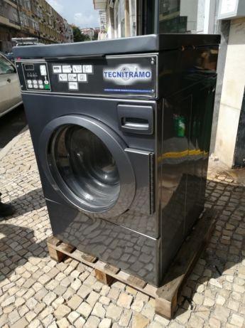 Lote Lavandaria Industrial self service hotéis lares e clinicas Almeida - imagem 1