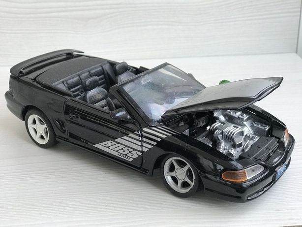 Модель Ford Mustang GT Фирмы Maisto 1:24