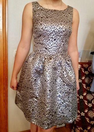 Платье блестящее Reserved