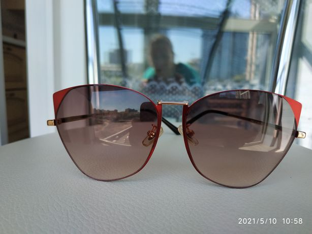 Фирменные венгерские солнцезащитные очки с поляризацией