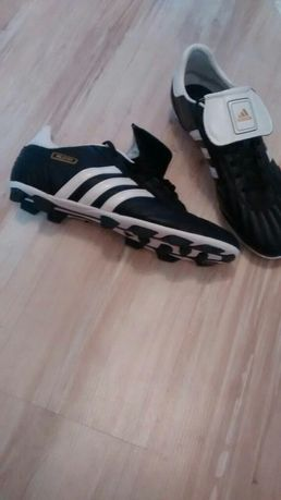 Фирменные кроссовки Adidas 45 р.