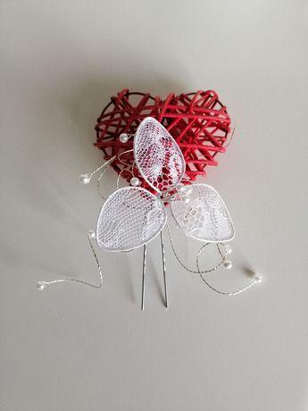 Biała ozdoba do włosów kok kokówka śłubna koraliki koronka ślub wesele