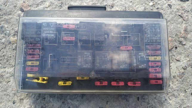 Блок предохранителей ВАЗ 2108 2109 21099 старого образца