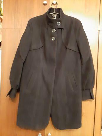 Пальто женское,новое,,красивое,размер-50-52