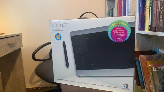Графический планшет Wacom Intuos Pro Special Ed. (PTH-651S-RUPL)
