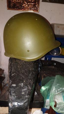 Каска,  шлем СШ 60 советская.