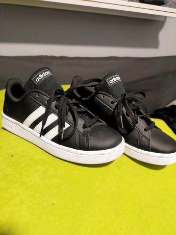 Sprzedam buty marki Adidas