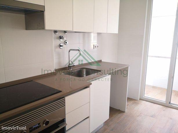 Apartamento T3   Semi Equipado   renovado   Camarate