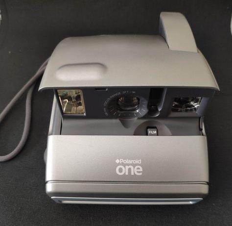 Polaroid One