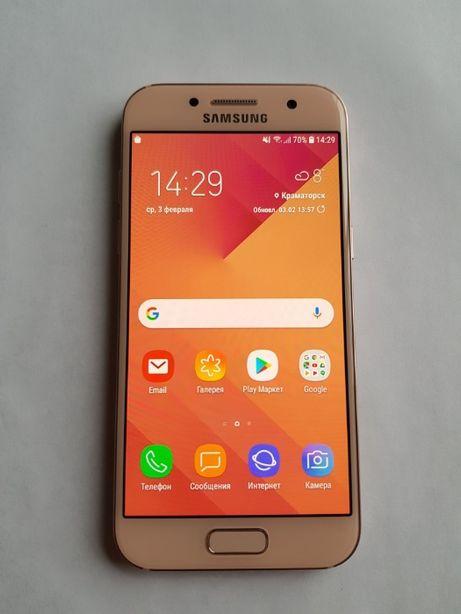 Samsung Galaxy A3 2017 в ИДЕАЛЬНОМ состоянии + аксессуары