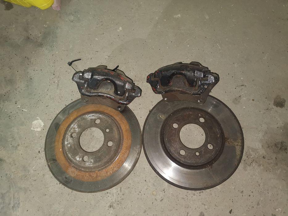 Суппорта с дисками передние BMW E30 вентилируемые Черновцы - изображение 1