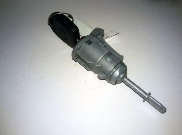 Личинка (вкладыш) замка двери VW Passat B5, Skoda Superb, Octavia Tour