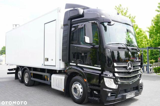 Mercedes-Benz Actros 2542 , E6 , 6x2 , BI-TEMPERATURA , 19 EPAL , ściana działowa , drzwi boczne , retarder , Streamspace , sypialna , zaczep , chłodnia 19 palet , izoterma , refrigerator