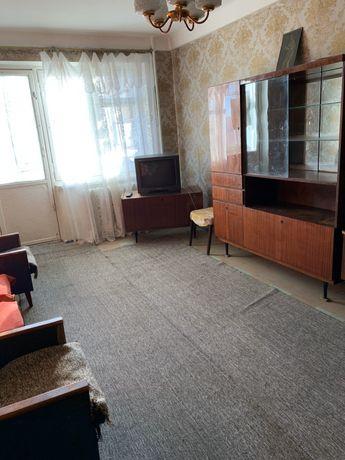 Продам 2х-комнатную квартиру в центре