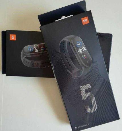 Xiaomi mi band 5 em caixa + oferta de outra pulseira