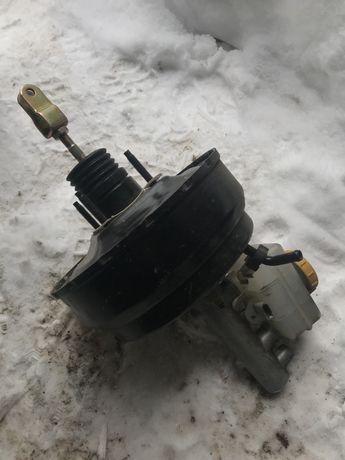 Вакуумний підсилювач тормозів subaru impreza 2004
