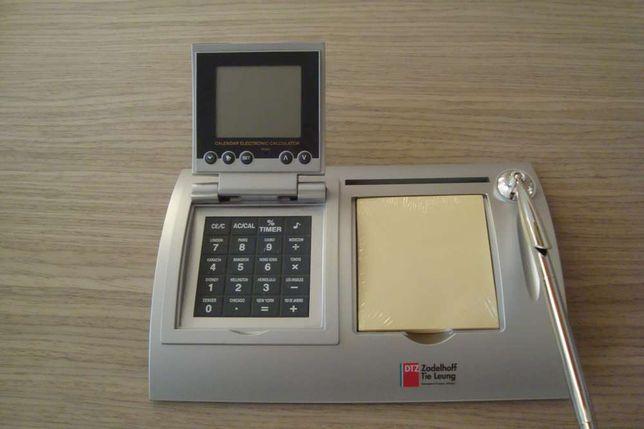 Практичный деловой подарок- часы WORLD TIME с калькулятором
