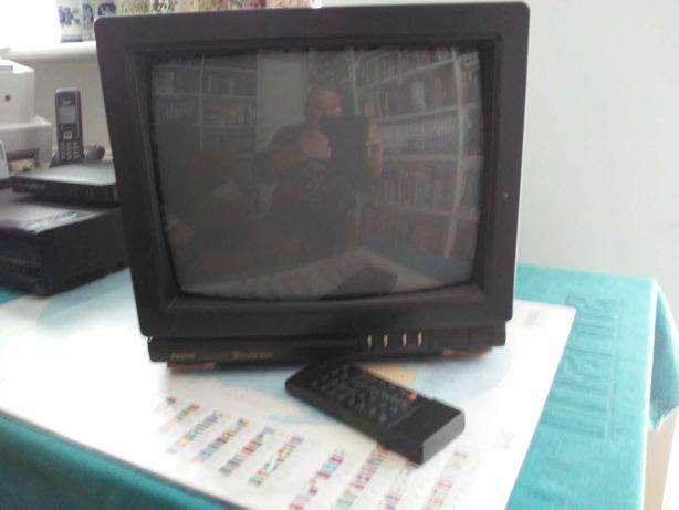Oddam za darmo sprawny telewizor Sanyo - retro