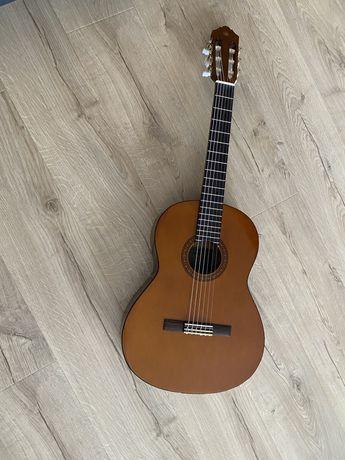 Gitara Yamaha CS 40 z futerałem