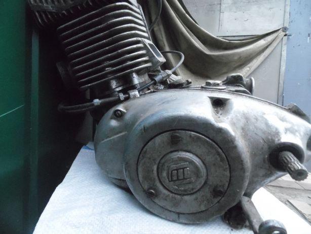 Продам двигатель под ремонт(реставрацию)