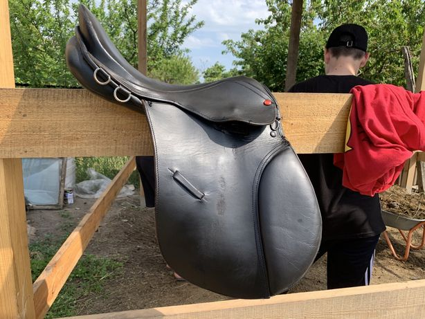 Конное седло,уздечка,седло для лошади,коня,пони,осел