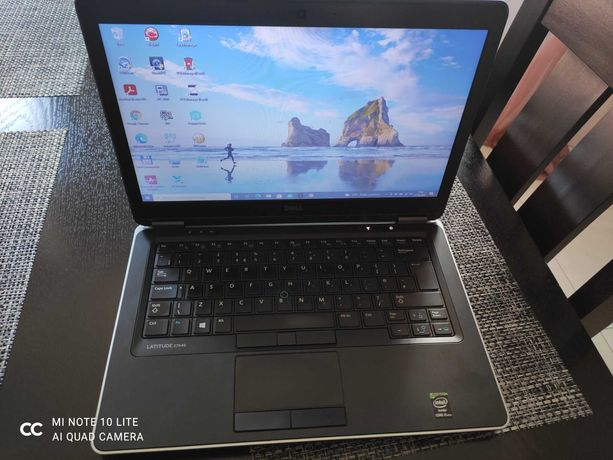 Laptop Dell 7440