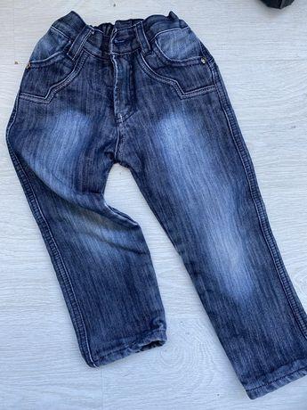 Детские утепленные джинсы на 4-5 лет