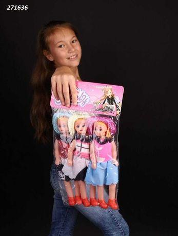 Набор кукол в упаковке