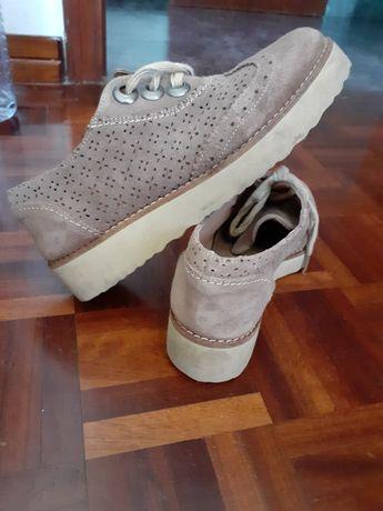 Sapatos camel Seaside