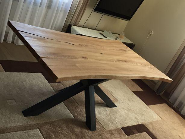Stół jesionowy w stylu industrialnym, nogi stalowe