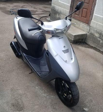 Скутер Suzuki let's 2