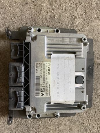 Sterownik \ Komputer silnika Peugeot 308 1.6 vti