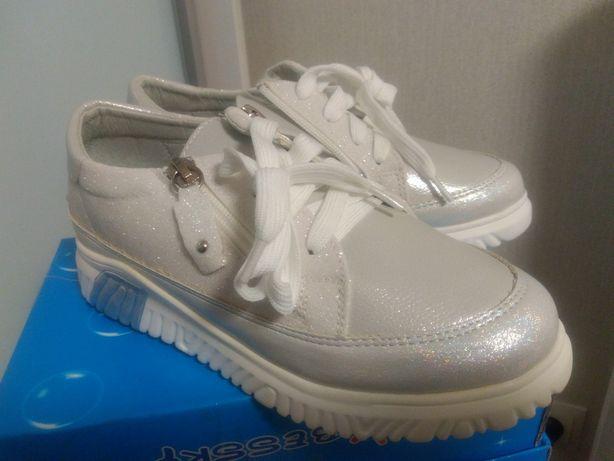 Туфли, полуботинки для девочки