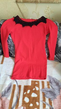 Продам сукню, 42-46 розмір,  тянеться) одягнення 2 раза