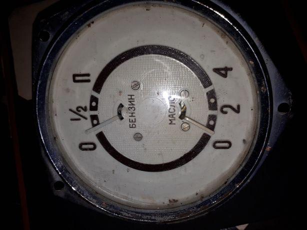 Комбинация приборов Кп 8(масло -бензин) москвич 400-401